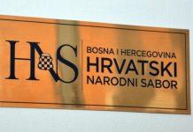 HNS reagovao na cijepanje zastave EU sa Ambasade Hrvatske u Sarajevu