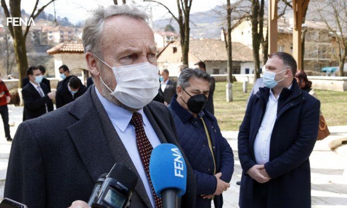Izetbegović: Tražimo od EU pomoć u nabavci vakcina koje smo platili