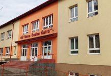 U školama ZDK-u nastavni proces će i naredne sedmice biti realiziran online