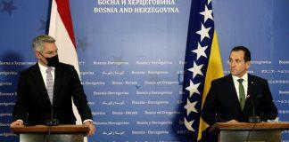 Selmo Cikotić: Austrija će finansirati 'čarter' letove za readmisiju migranata