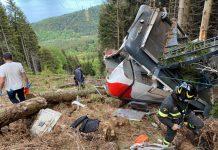Dvanaest poginulih u padu žičare u Italiji