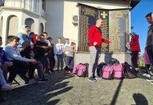 'Merhamet' podijelio školski pribor djeci u Zvorniku i Bratuncu