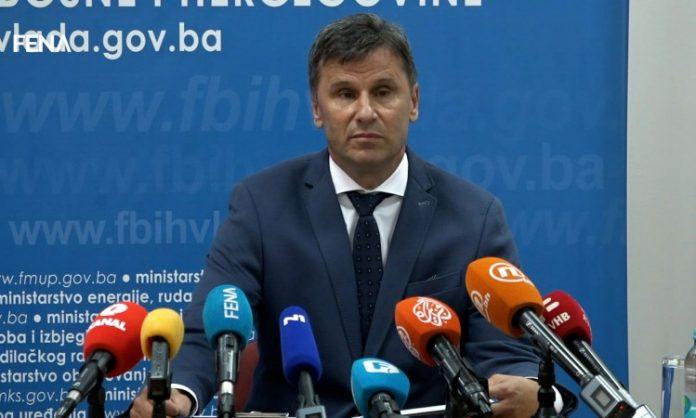 Fadil Novalić: Potpisan ugovor o direktnoj nabavci 500.000 vakcina Sinofarm za FBiH