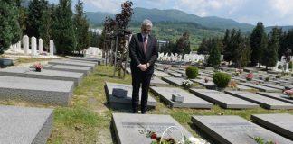 Polaganjem cvijeća obilježena 20. godišnjica smrti Davorina Popovića