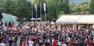Održan protest navijača Čelika, nezadovoljni odnosom Gradske uprave i gradonačelnika