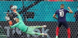 Mbappeu odbranjen jedanaesterac: Švicarska u četvrtfinalu EURA