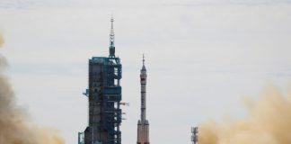Kina lansirala prvu posadu astronauta na novu svemirsku stanicu
