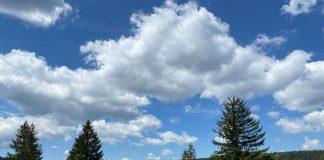 Danas pretežno oblačno, poslijepodne razvedravanje