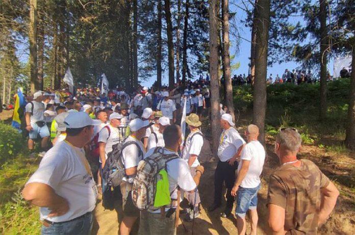 Iz Nezuka ka Potočarima krenuo Marš mira sa 2.700 učesnika