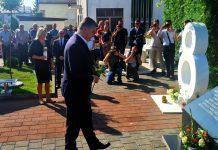 Zoran Milanović u Vitezu odao počast ubijenoj djeci