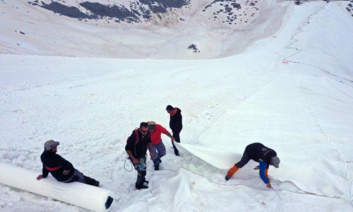 Ledenjak u sjevernoj Italiji prekrivaju ceradama, sprječavaju topljenje