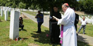 Kardinal Puljić: Ljudska je dužnost i civilizacijski čin odati pijetet nevino stradalima
