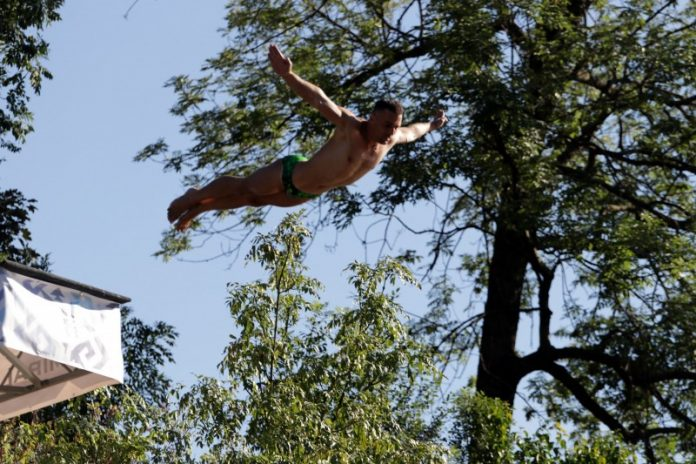 Crnogorac Evald Krnić pobjednik 'Bentbaša Cliff Divinga 2021'
