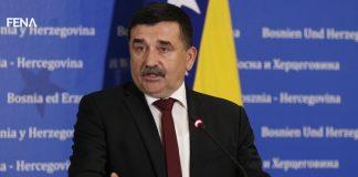 Nikola Lovrinović: Parlamentarna većina ni u ovom mandatu ne funkcionira